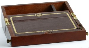 Pelikan Traveling Lap Desk