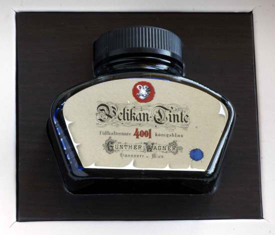 Pelikan 4001 royal blue with vintage lable