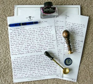 My Wanderbox Letter, Edelstein Amethyst, Pelikan M605 Marine Blue Fountain Pen, and Stamp