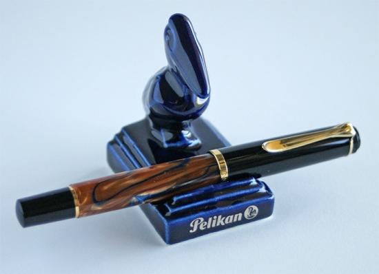 Pelikan M201 Bayou with a small cobalt blue Pelikan pen stand