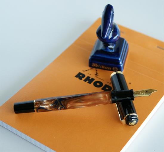 Pelikan M201 Bayou on a rhoda note pad