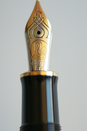 Pelikan M800 Burnt Orange EF Nib