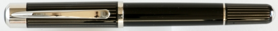 Pelikan P3100 Ductus fountain pen uncapped