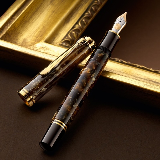 Pelikan M800 Renaissance Brown
