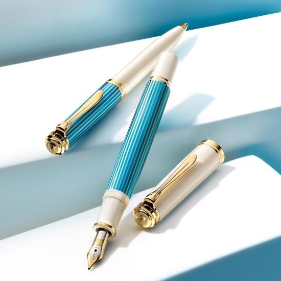 M600 Turquoise-White fountain pen