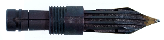 The ebonite feed and collar of a 140 nib